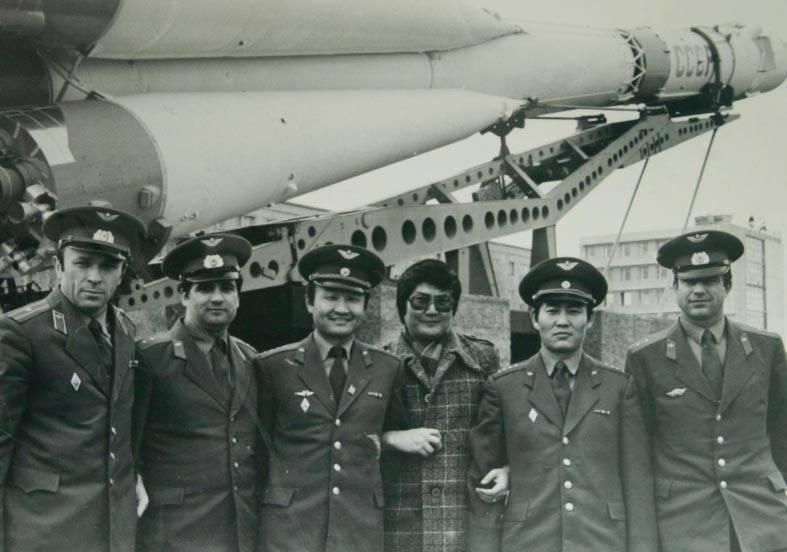 26694283_1737393603001823_807106382_n Монгол хүн сансарт ниссэний 39 жилийн ойн өдөр маргааш тохионо